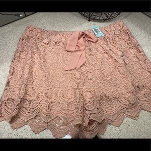 Torrid blush pink, pull-on lace shorts